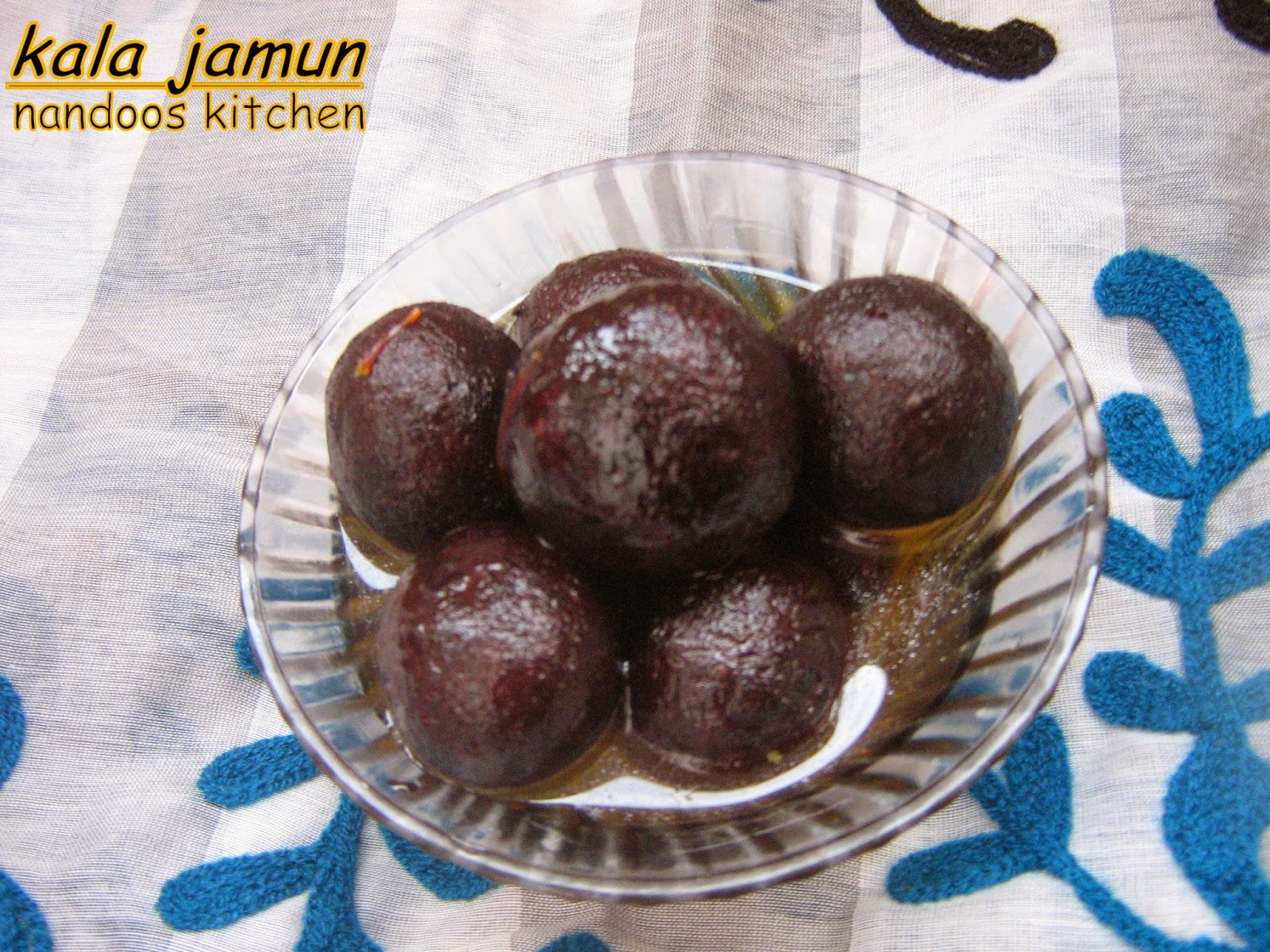 kala jamun / Bengali kala jamun / kalo jaam