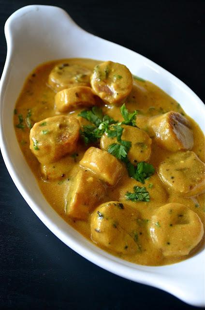 Rajasthani Gatta Curry / Gatte Ki Sabji / Gatte Ki Saag / Gatte Nu Saag