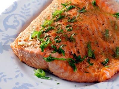 salmão assado o que servir para acompanhar