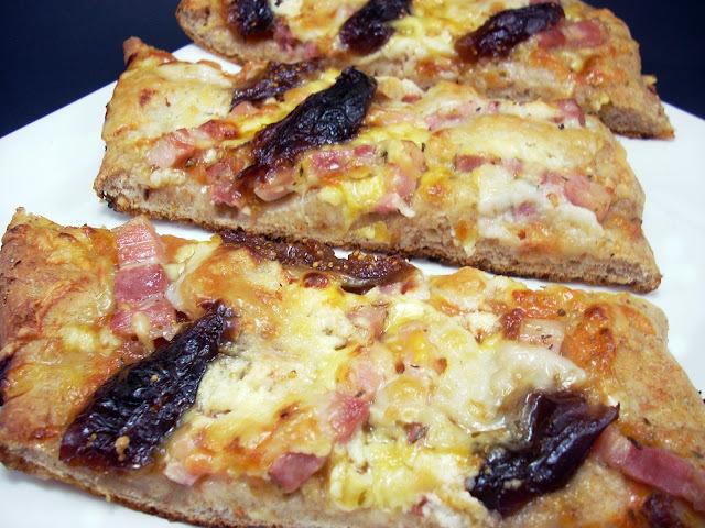 Focaccia de Bacon, Higos y Queso de Cabra
