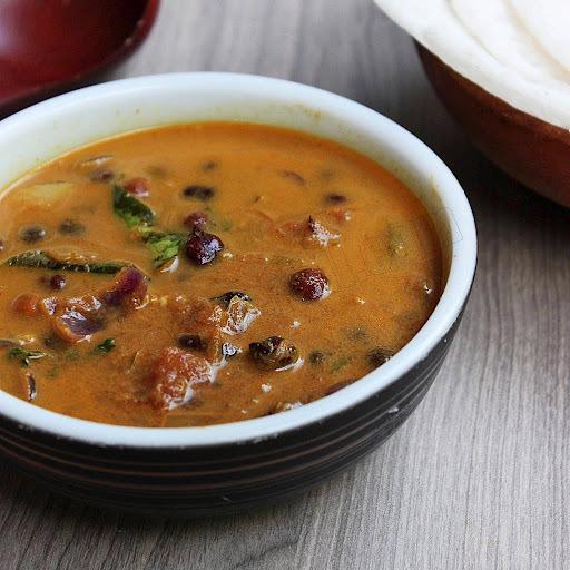 Kerala Kadala Curry | Black Channa Curry