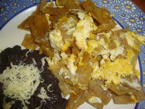 Migas o Huevo con Tortilla