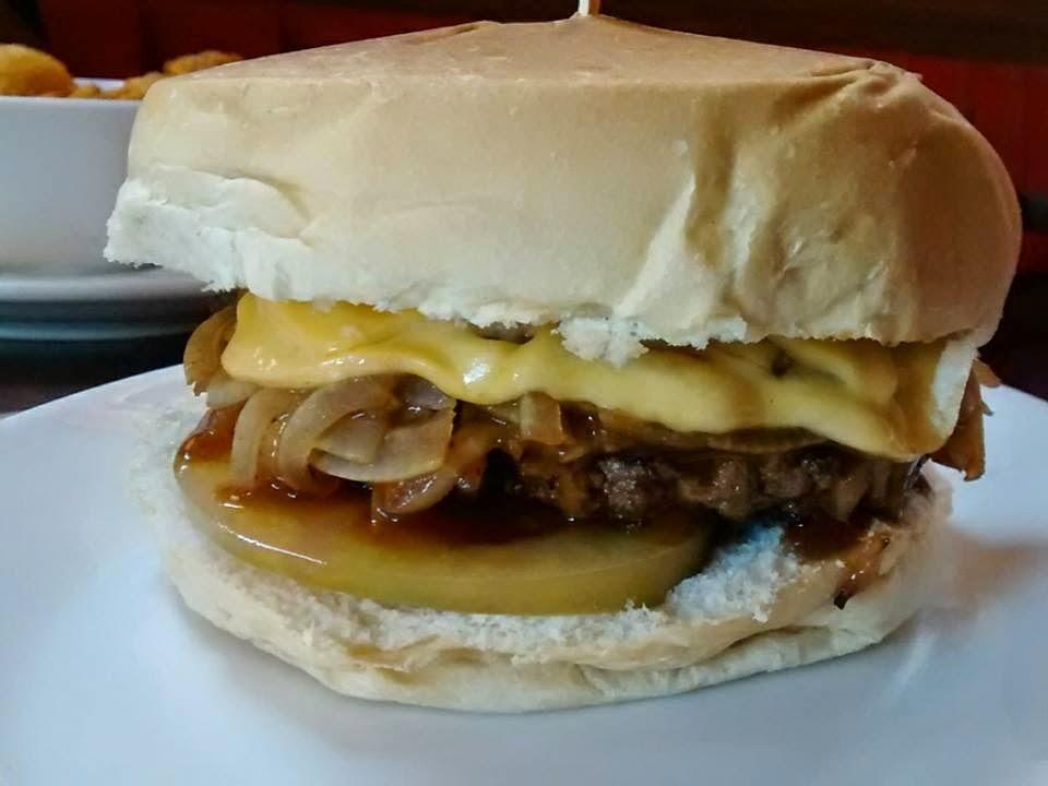 conhecendo o Chips Burger e seu menu especial  para o dia das crianças