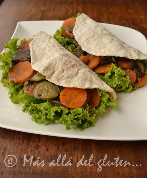 Tortillas de Papa con Relleno de Verduras y Hongos (Receta GFCFSF, Vegana)