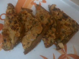 bread pizza with suji in hindi