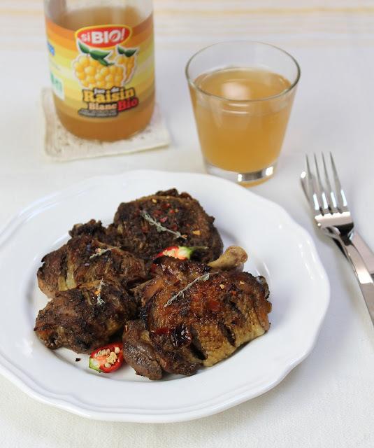 Poulet à la jamaïquaine, aux épices jerk et au jus de raisin (Jerk chicken)