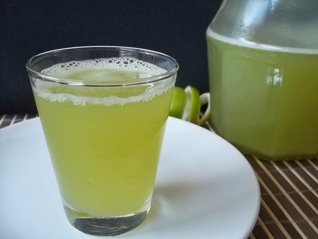 Suco de limão,gengibre e capim cidreira