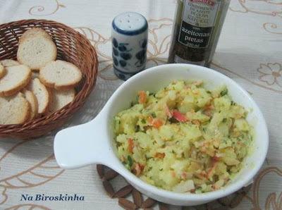 salada tipo conserva com cenoura e batata