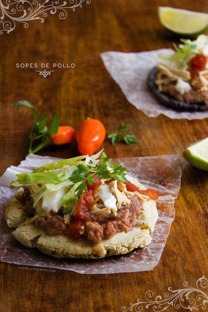 Antojitos Mexicanos, Sopes  y Tlacoyos