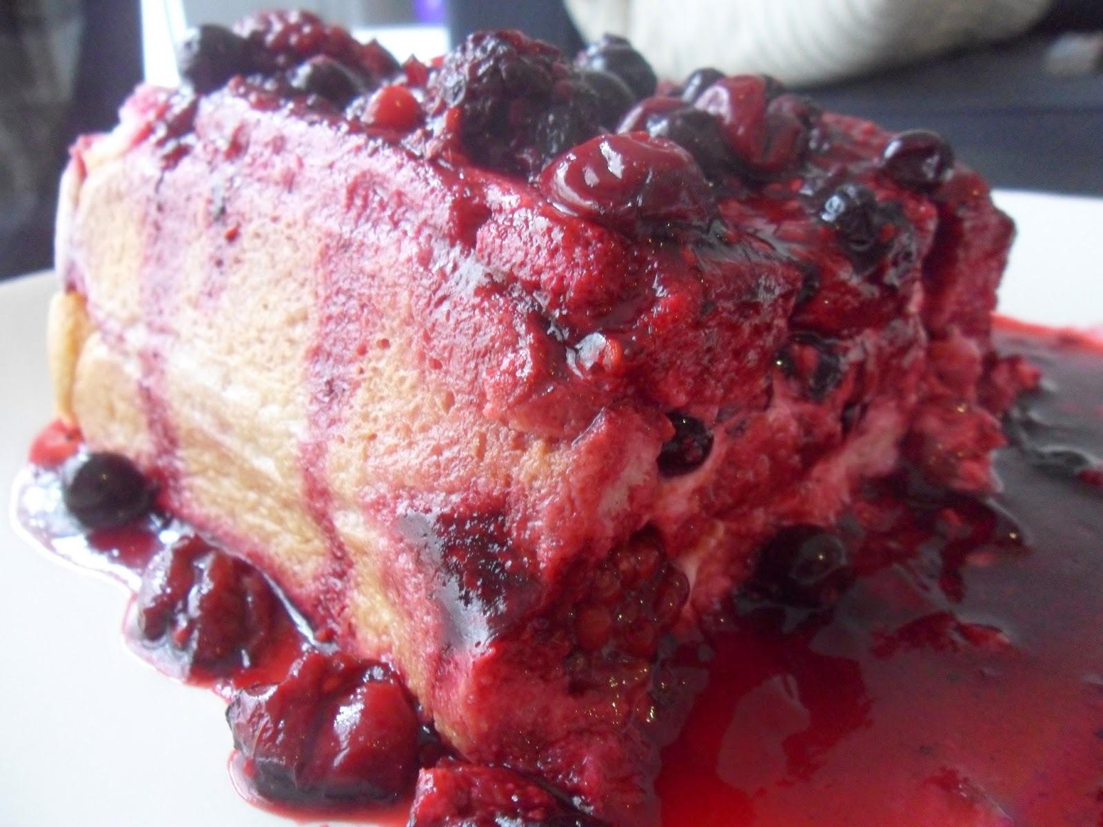 Bûche légère aux fruits rouges (6 pers)