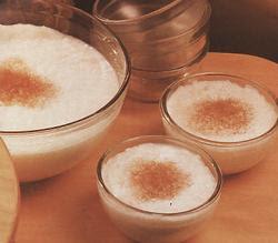 de arroz doce com leite condensado e creme de leite com açucar queimado