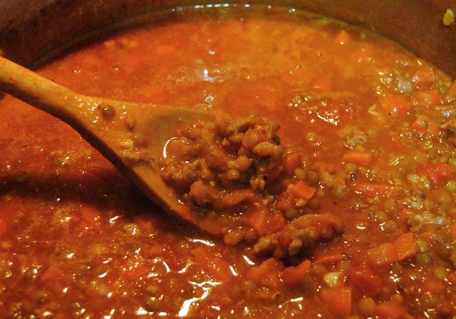 Sauce à spaghetti à la saucisse de Toulouse et aux lentilles françaises