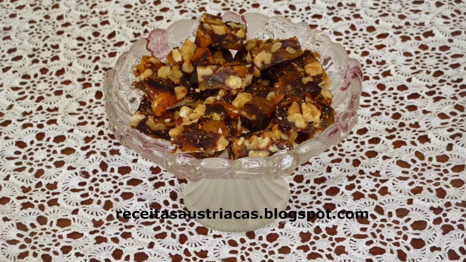 QUADRADINHOS DE FRUTAS SECAS – Fruchtwürfel