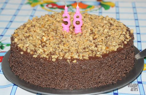 bolo de chocolate recheado chocolate branco não muito doce