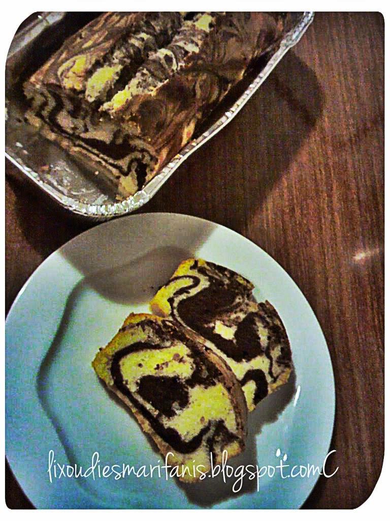 Κέικ μαρμπρέ με ζαχαρούχο γάλα
