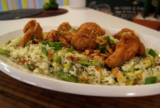 como se faz arroz com brocolis e alho poro