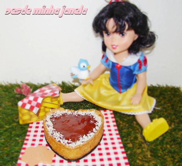 Tortinhas de doce de leite com cobertura de goiabada