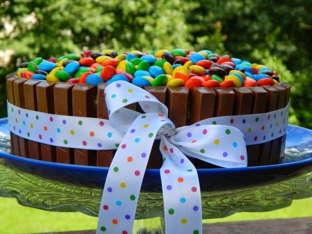 Aprenda como fazer bolo Kit Kat