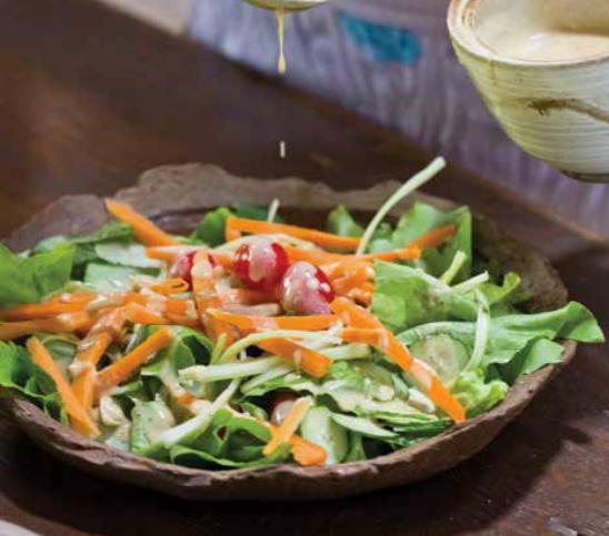 Salada ao Molho Tahine