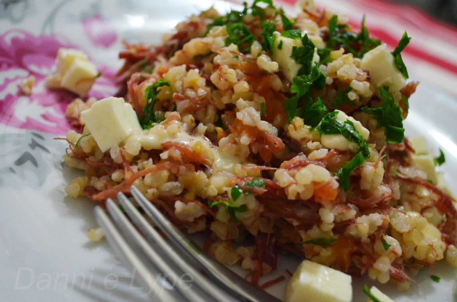arroz integral receita na panela de pressão com carne seca