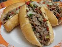 Sanduíche de carne louca