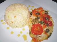 file de peixe com alcaparras no forno