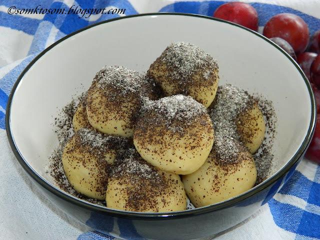 Slivkové knedle zo zemiakového cesta