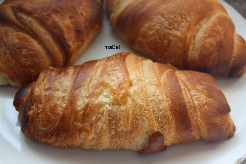 Pan torpedo - masa medialunas de grasa o sacramentos
