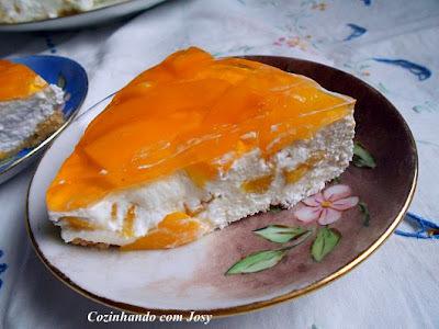 Torta Gelada de Pêssegos da Léia