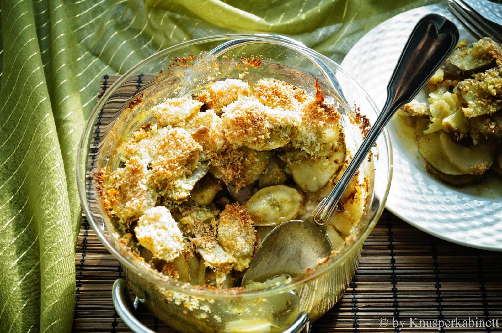 Schwarzwurzel-Topinambur-Auflauf an Kokos-Curry-Sauce