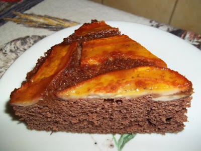 Bolo de chocolate c/Banana caramelizada