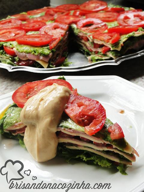Torta ou lasanha de alface (sanduíche sem pão)