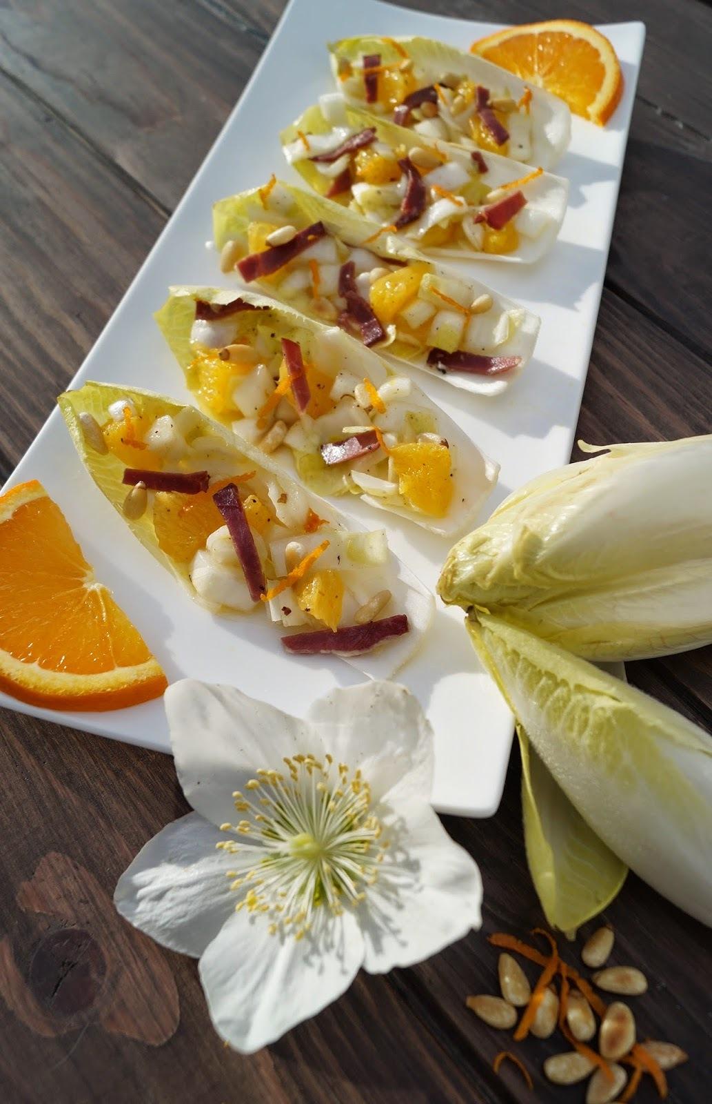 Salade d'endives à l'orange et au magret fumé