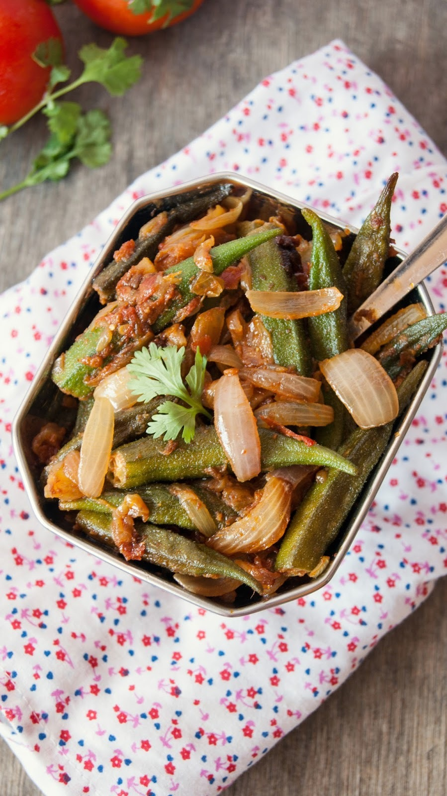 Bhindi Masala / Okra with Onion and Tomatoes