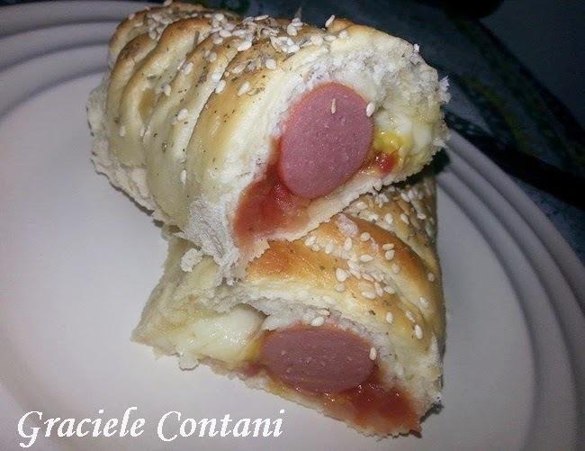 Hot dog de forno, com queijo, de Graciele Contani
