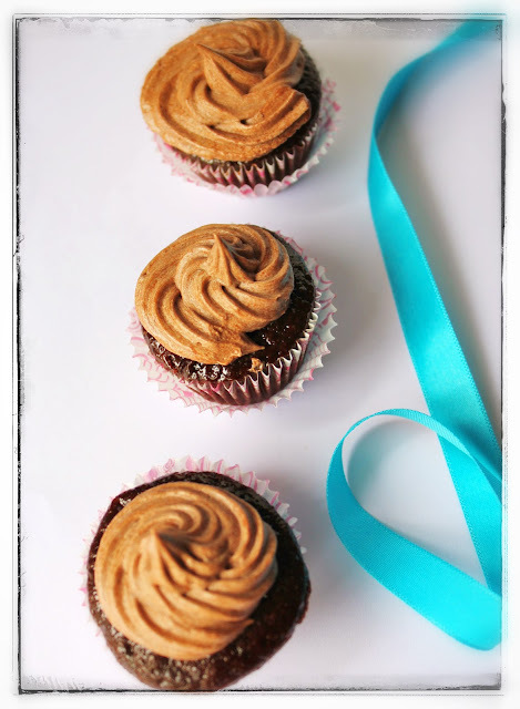 Mini chocolate cupcakes with chocolate frosting - Eggless