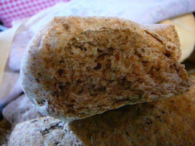 Pan agrio de centeno