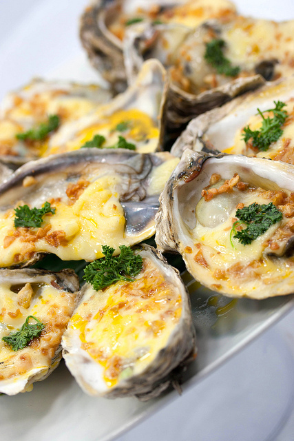 Recettes d'huîtres gratinées, une entrée chaude de fête - sans gluten