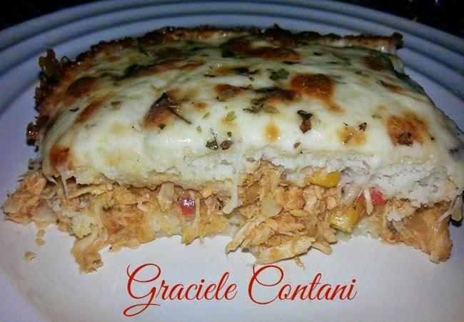 Torta de frango com massa de arroz, de Graciele Contani