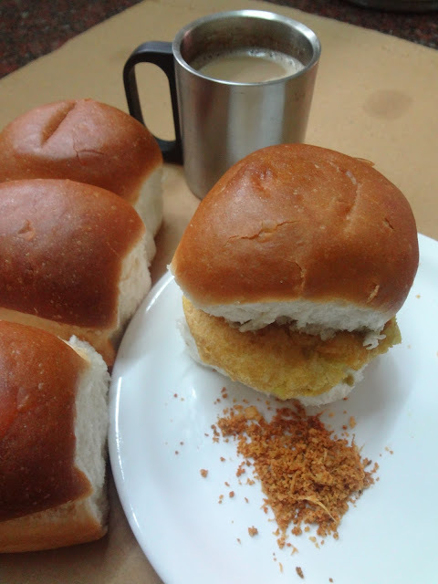 Vada paav  ( Popular Street food from Mumbai )