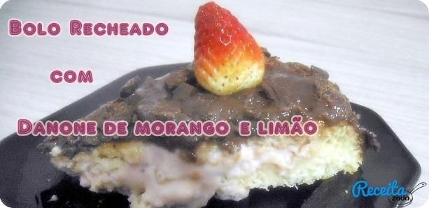 bolo de morango com recheio de doce de leite e morango