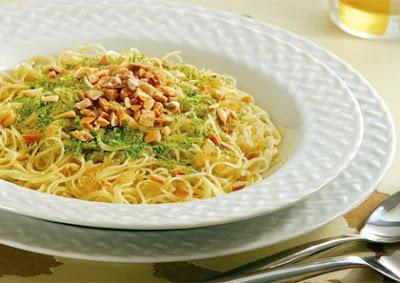 Capelli D'Angelo com Limão e Crocante de Castanha de Caju