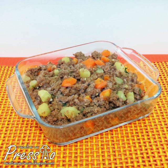 Carne Moída com Legumes na Pressão