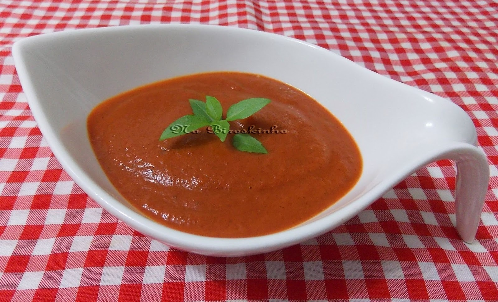 Molho de Beterraba e Cenoura (parece de tomate)
