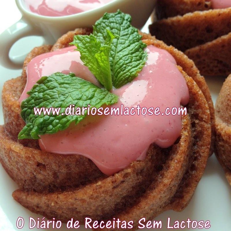Mini Bolo de Farinha de Coco para os 4 anos do Blog!