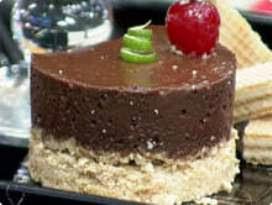 Mousse de Chocolate com Farofa de Limão