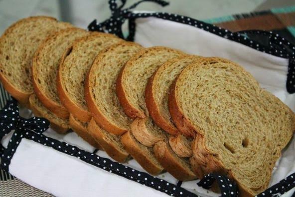 Pão Integral com Cenoura e Mel
