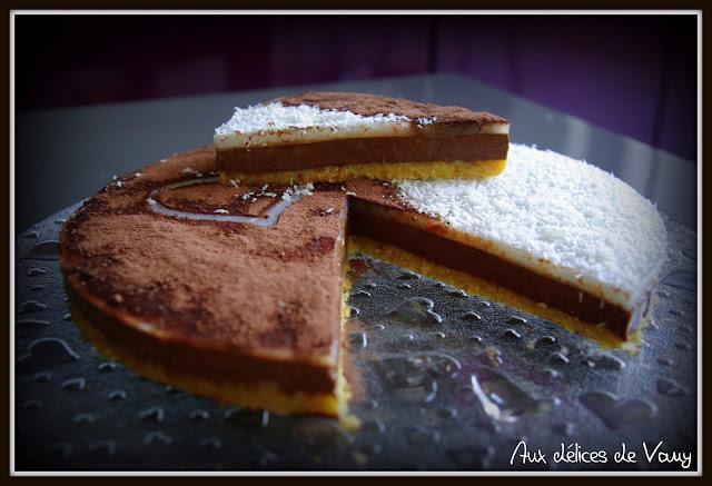 Bavarois Chocolat, miroir coco sur croustillant coco et citron vert