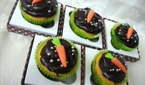 Cupcake de Cenoura com Cobertura de Chocolate