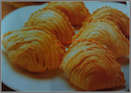 SPIRAL CURRY PUFFS